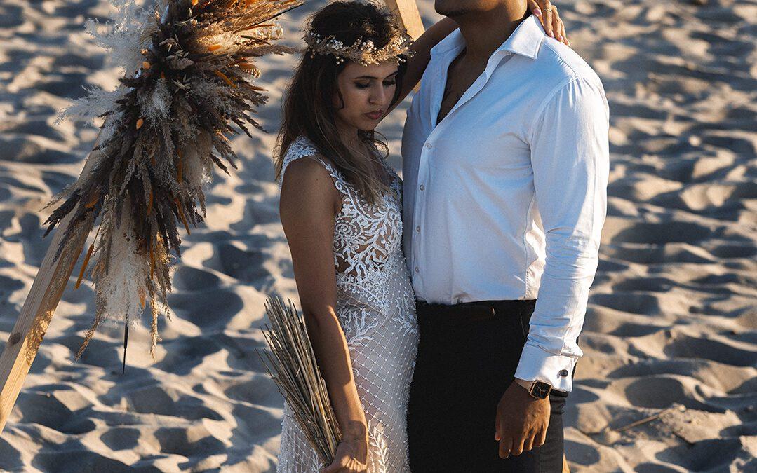 Sesja ślubna boho na plaży
